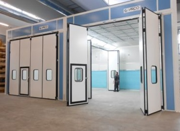 PAINTING BOOTHS AND INDUSTRIAL OVEN BOOTHS WITH HORIZONTAL AIR FLOW