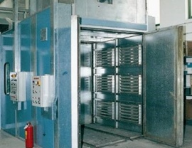Static oven (T 200 ° C) with generator positioned above